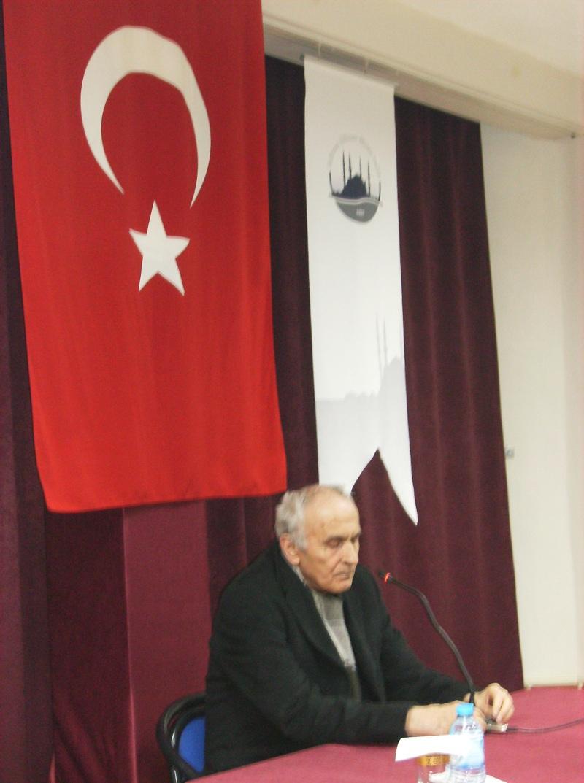 """""""Tarihin Kazanani Değil, Savunani Yazdiği Destan; Plevne""""  Konulu Mehmed Niyazi Özdemir Konferansi"""